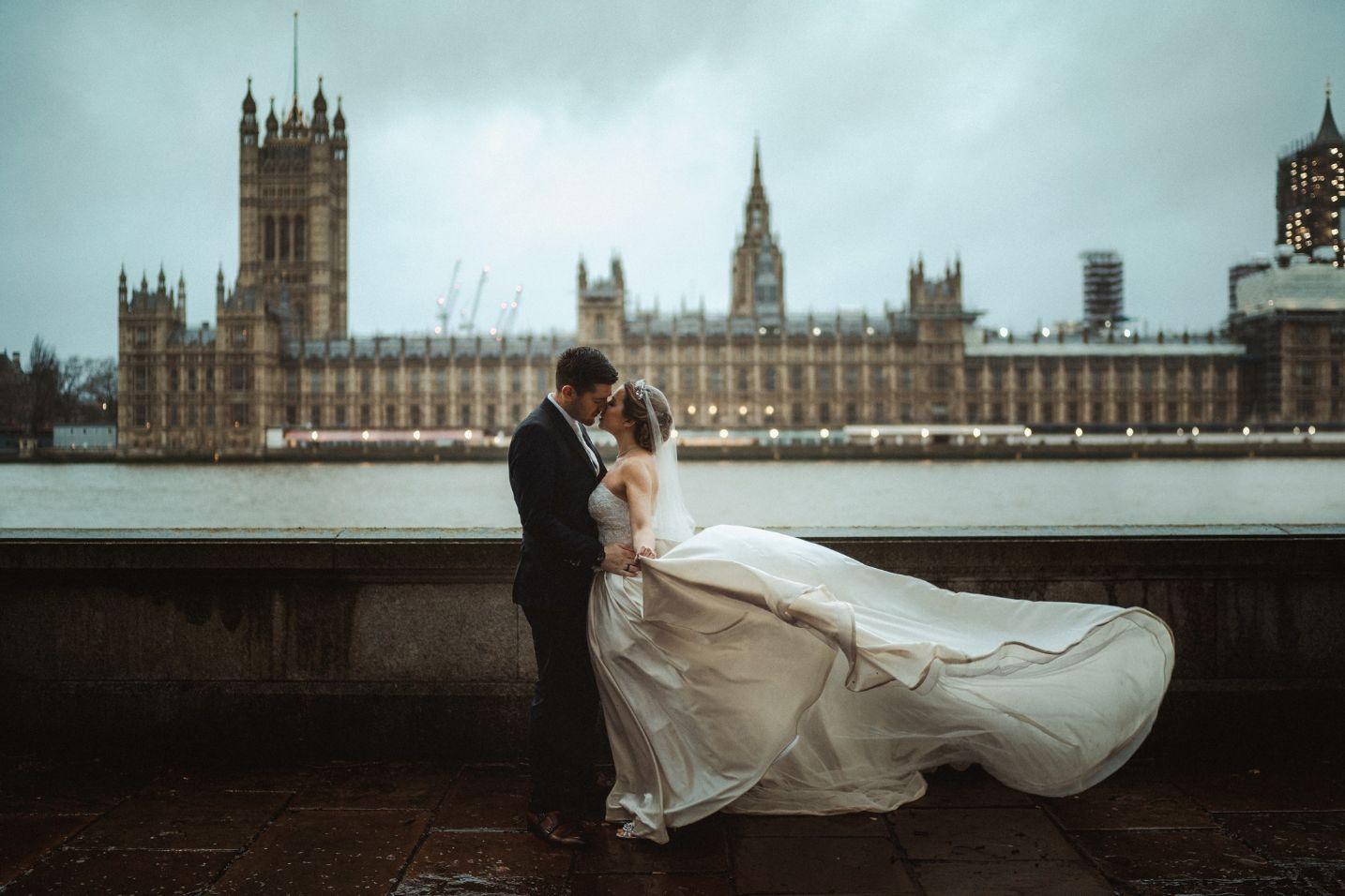 Bride and Groom Wedding Photo| Romantic Wedding Venue