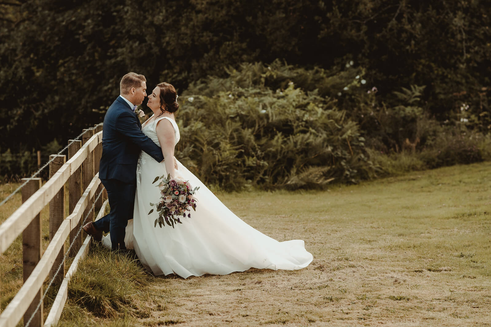 wedding-photographer-and-videographer-Court Colman-UK-12