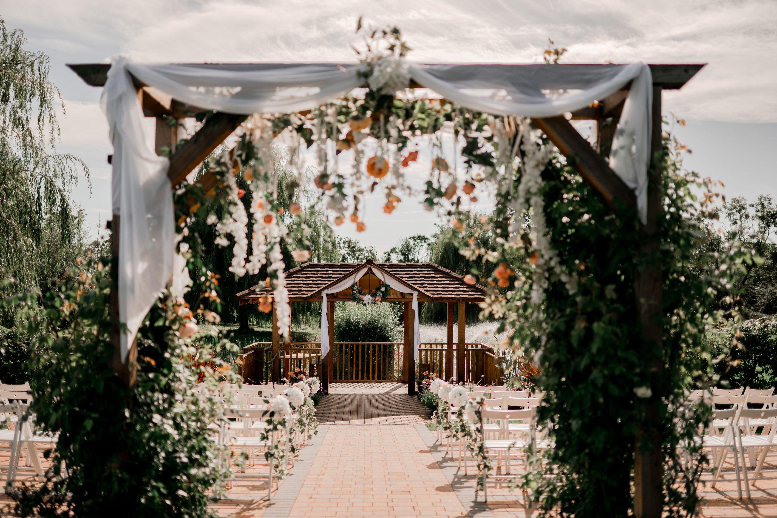 Wootton Park, magical outdoor wedding