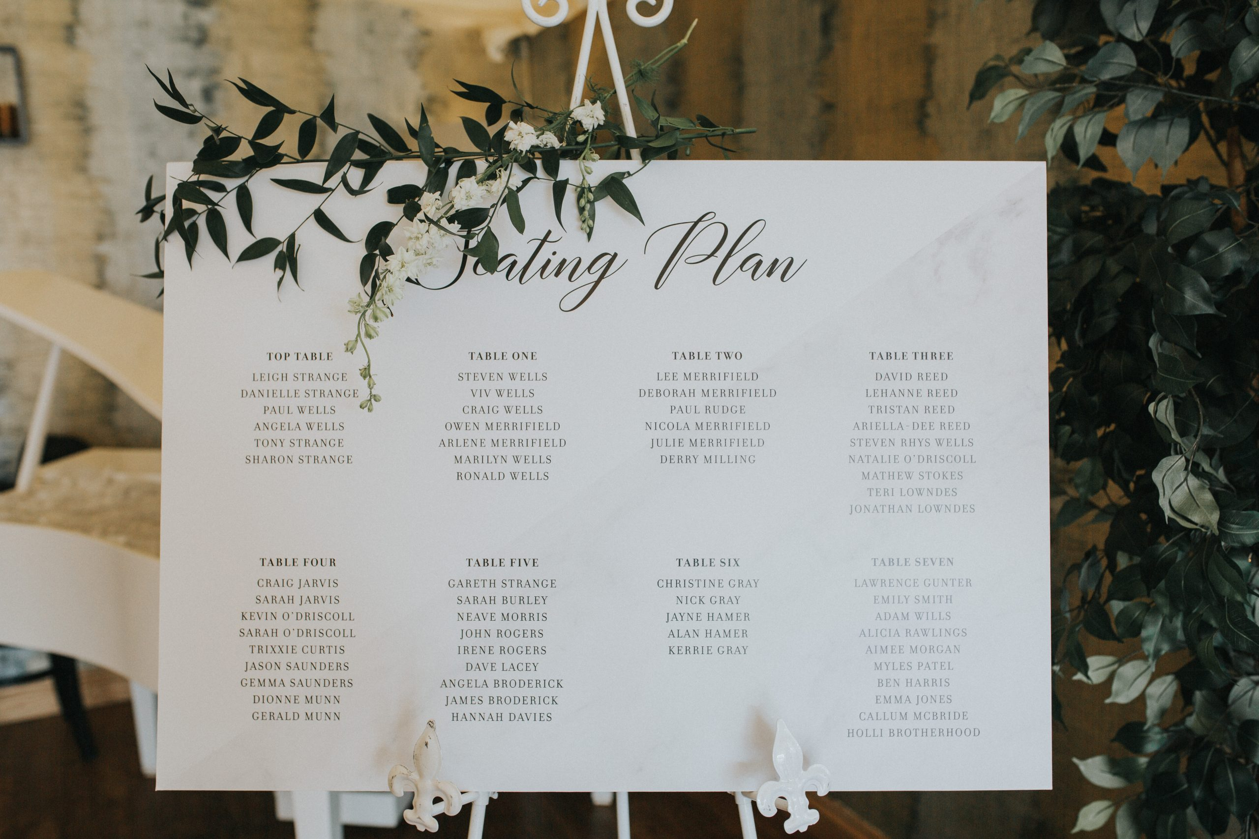 Simple and elegant table layout design