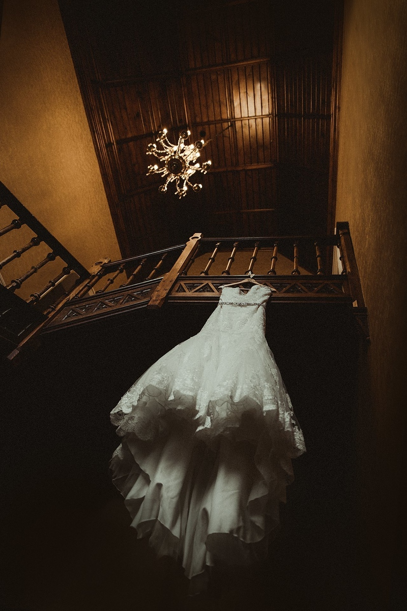 Stunning image of brides wedding dress