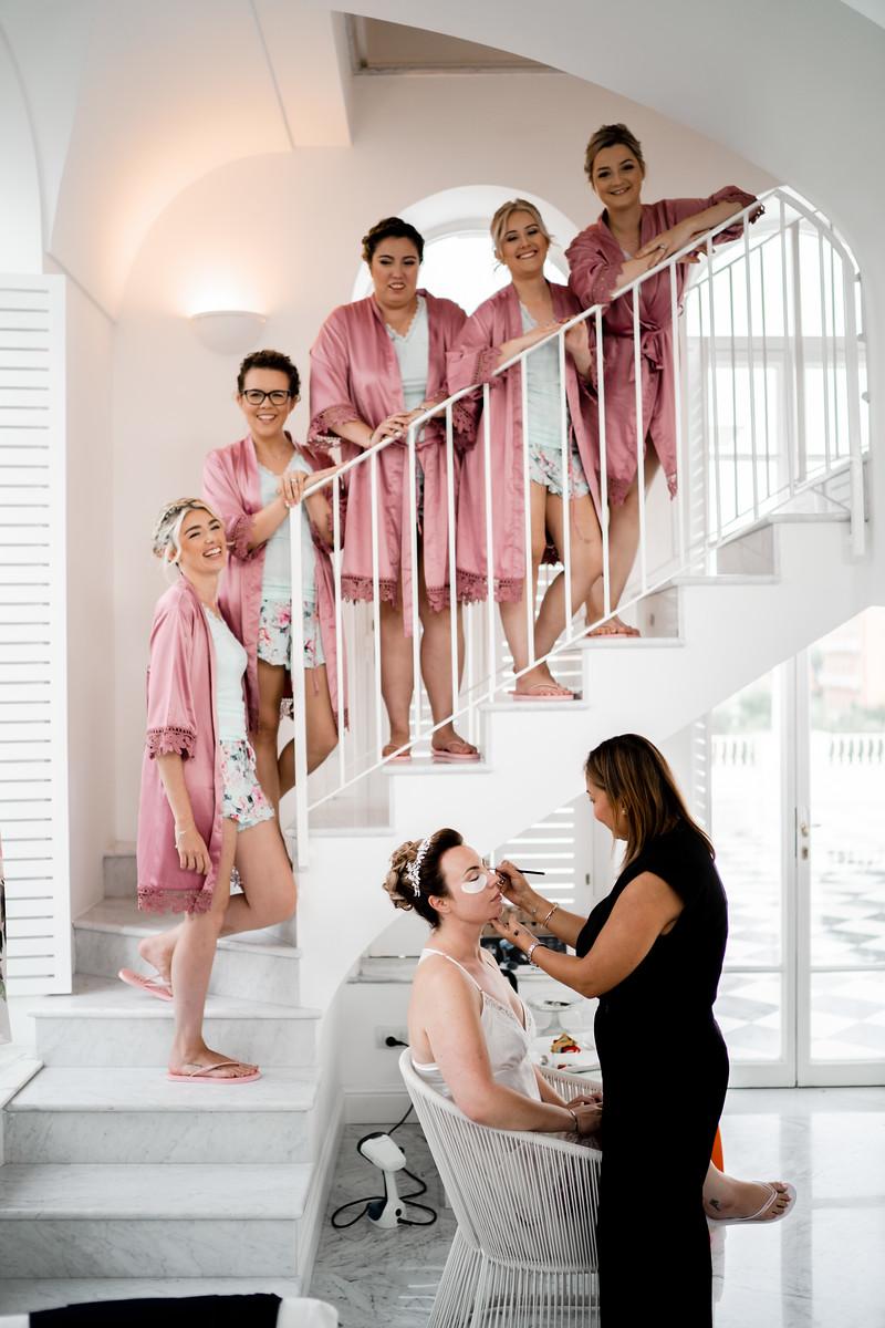 A unique bridesmaids wedding photo