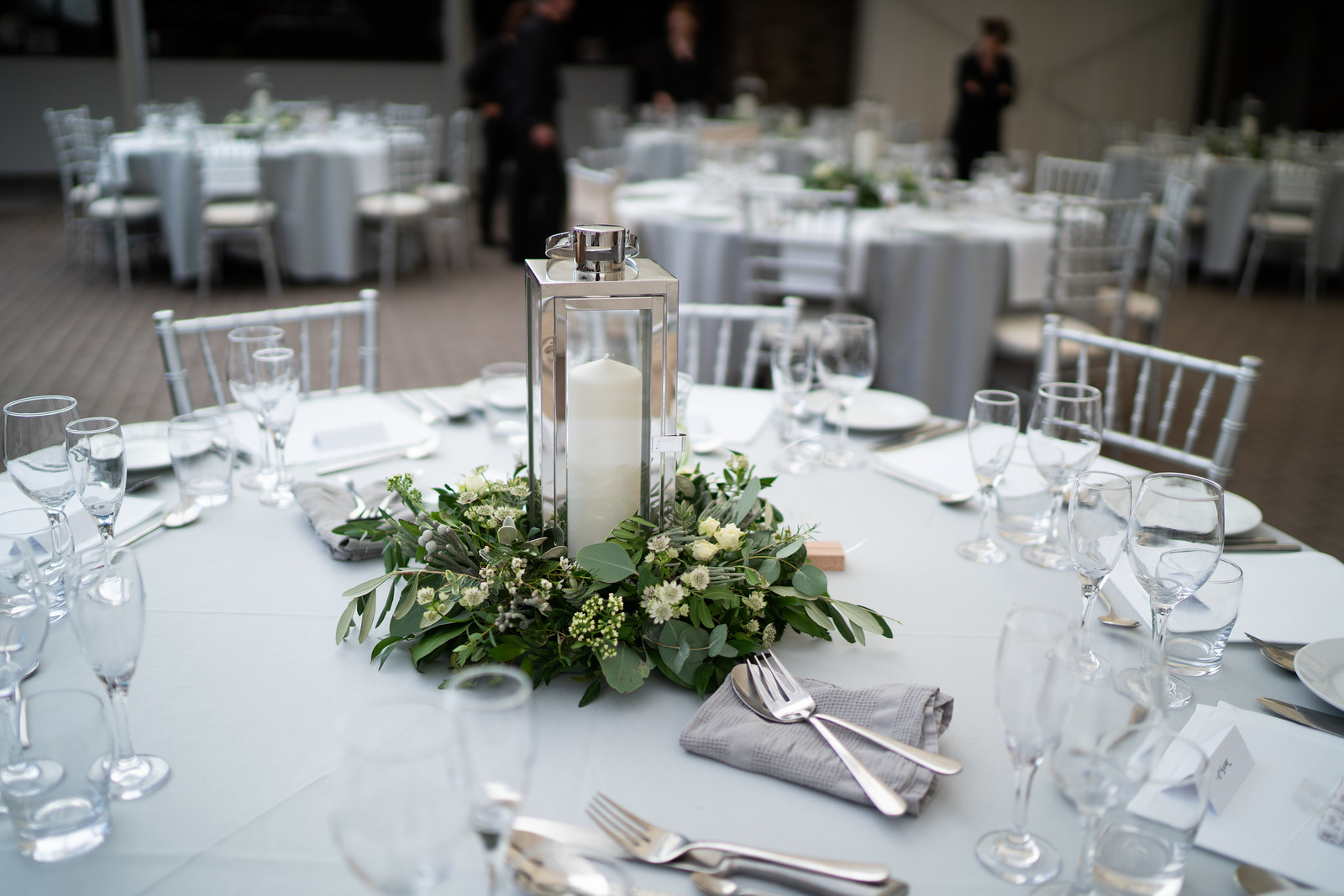 Simple Wedding Centrepiece