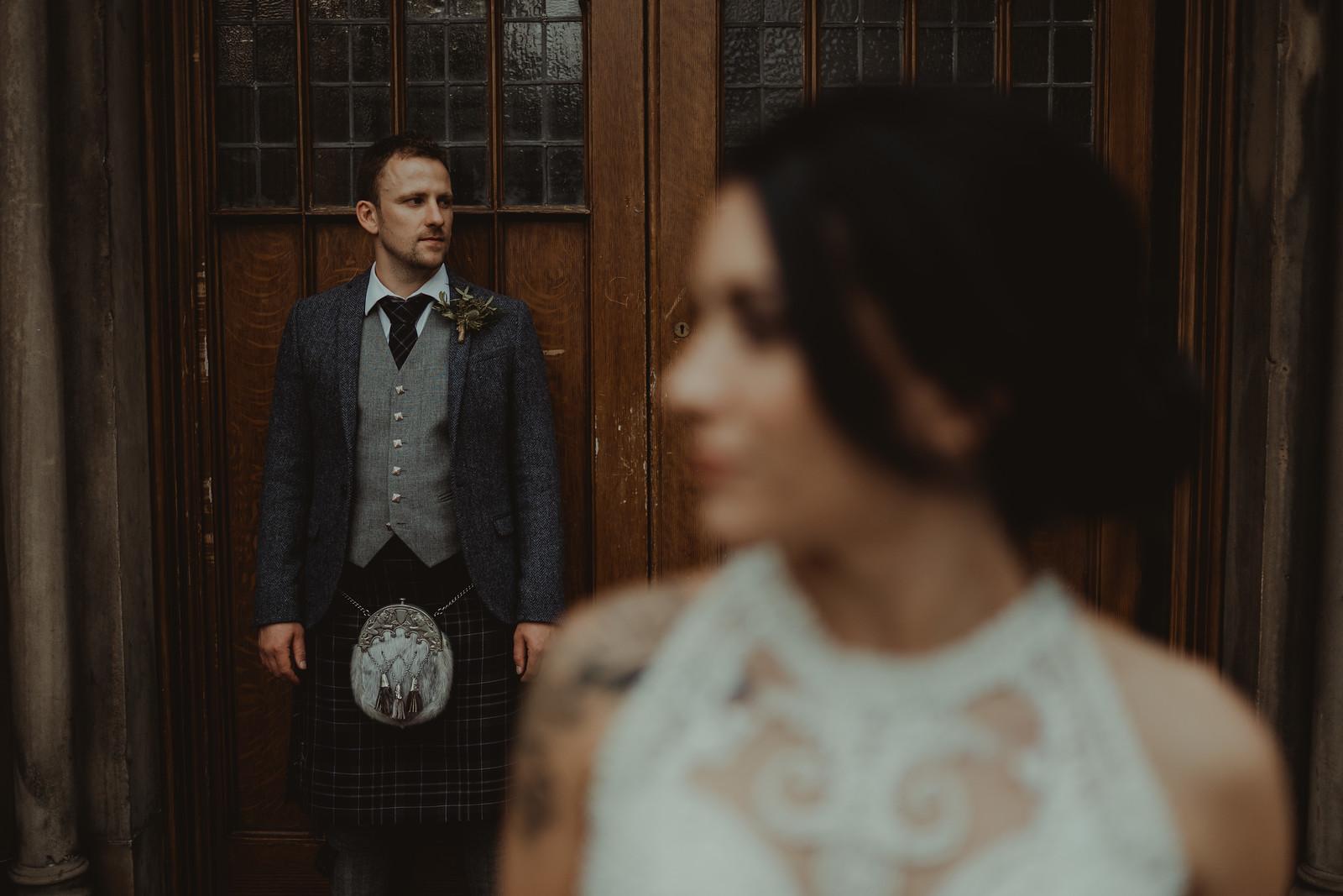 Wedding photo of bride and groom - Wedding photographers Oxford