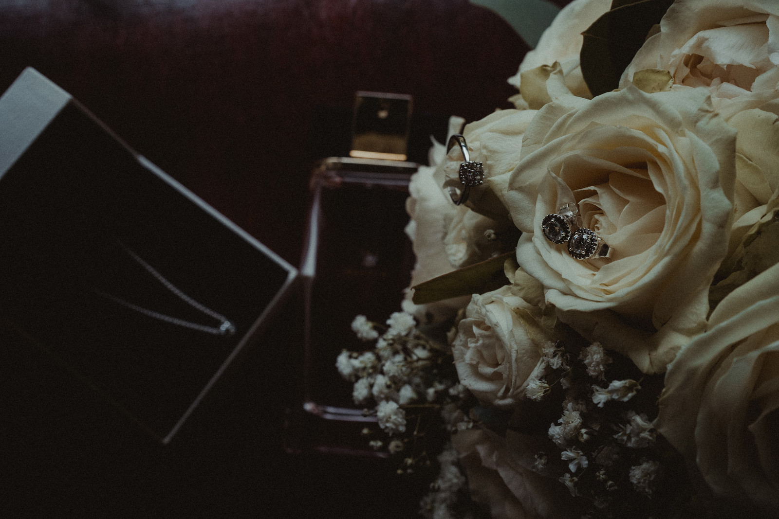 Brides flowers and jewellery